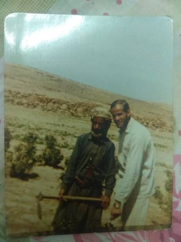 المعلم المصري أثناء تواجده في اليمن