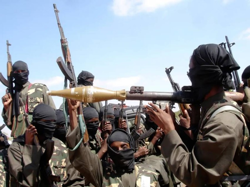 «حركة الشباب» ضالعة في هجمات مماثلة. (رويترز - أرشيفي)