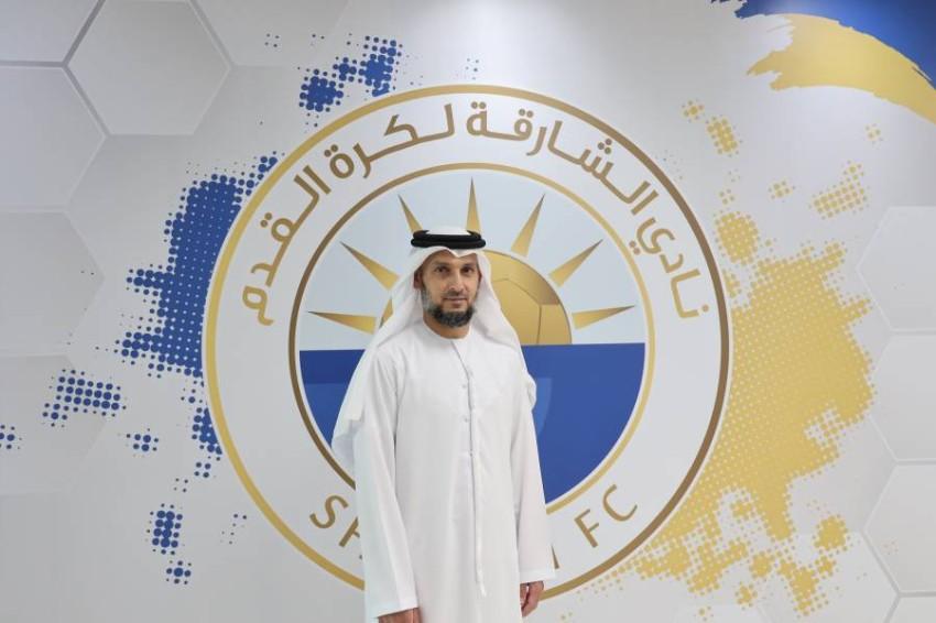عبدالعزيز العنبري يجدد عقده مع الشارقة. (الرؤية)