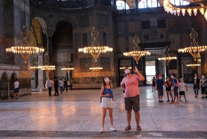 آيا صوفيا.. أيقونة إسطنبول التراثية. (إي بي أيه)