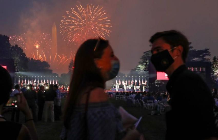ترامب يكرس الانقسامات في عيد الاستقلال الأمريكي. (رويترز)