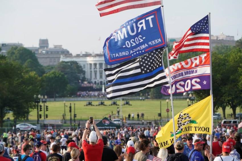 المحتفلون أمام البيت الأبيض.