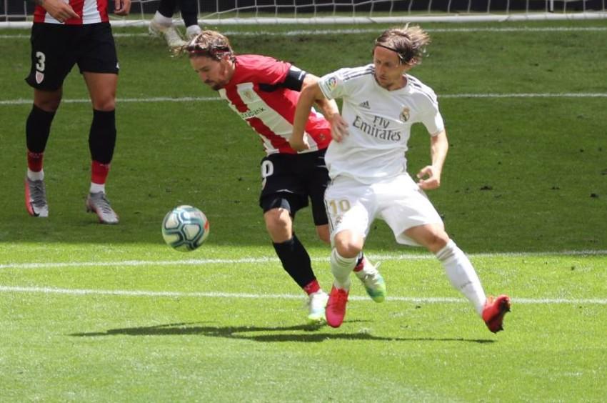 لقطة من مباراة ريال مدريد وأتلتيك بلباو. (إ ب أ)