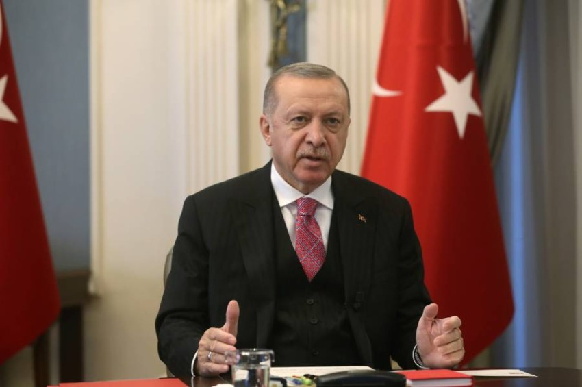 أردوغان يتعهد بتشديد السيطرة على وسائل التواصل الاجتماعي - رويترز