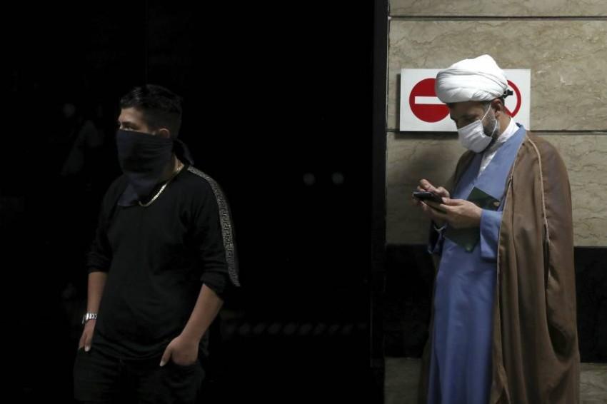 إصابات كورونا في إيران تتخطى ربع مليون. (أ ب)