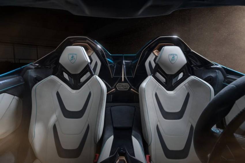 Lamborghini-Sian-Roadster-02
