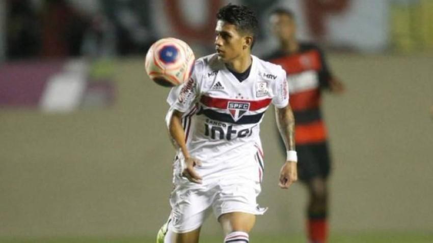 البرازيلي الصاعد غوستافو مايا لاعب ساو باولو. (AS)
