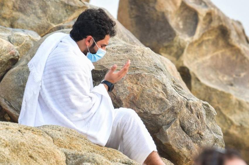 ضيوف الرحمن على جبل عرفات. (إي بي أيه)