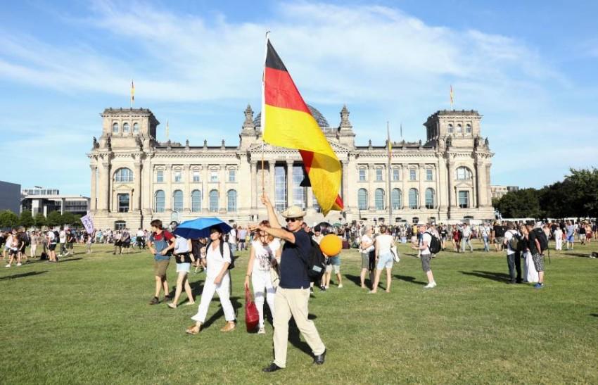 مظاهرات في برلين ضد إجراءات الحظر. (رويترز)