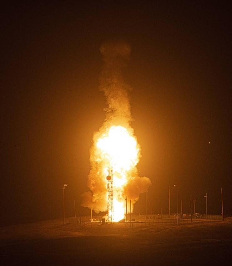 صاروخ من طراز مينوتمان 3 العابر للقارات. (أ ب)