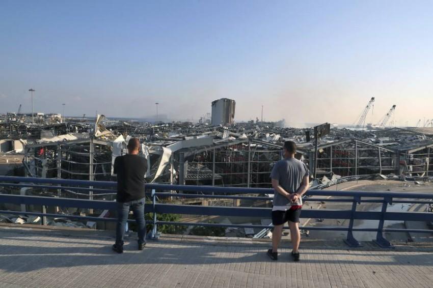 آثار التفجيرات. (أ ب)