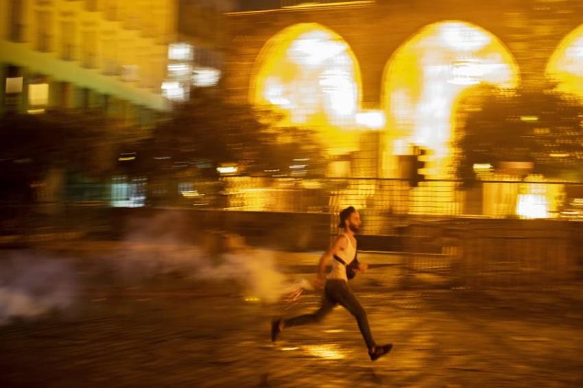 وسائل إعلام: إصابات في صفوف المحتجين والقوى الأمنية. (أ ب)