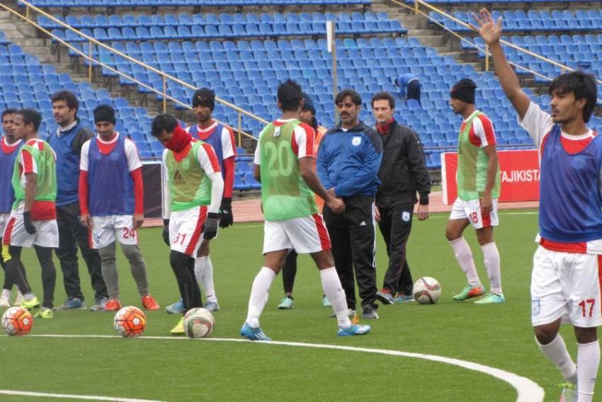 من تدريبات منتخب بنغلادش أخيراً. (من المصدر)
