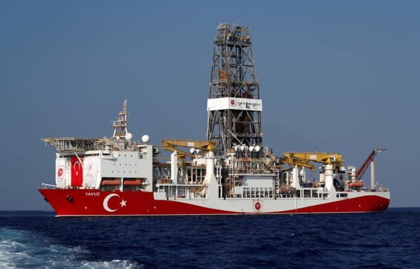 سفينة تنقيب تركية في شرق البحر المتوسط. (رويترز)