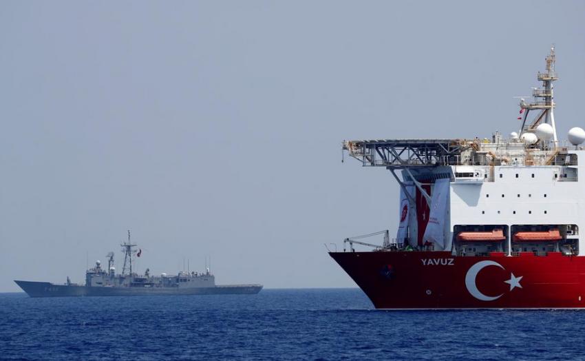 السفينة التركية في مياه شرق المتوسط. (رويترز)