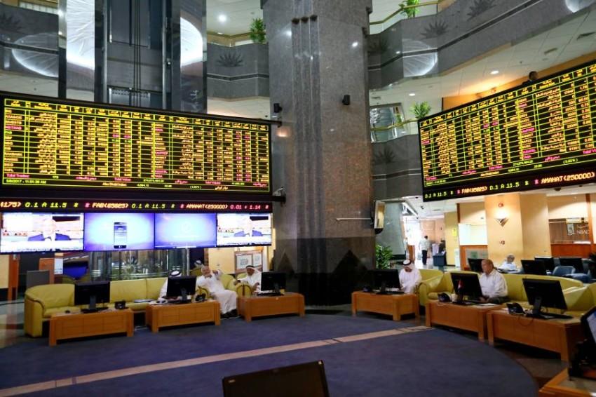 تباين أداء مؤشرات أسواق الأسهم المحلية في مستهل تعاملات الاثنين. (الرؤية)
