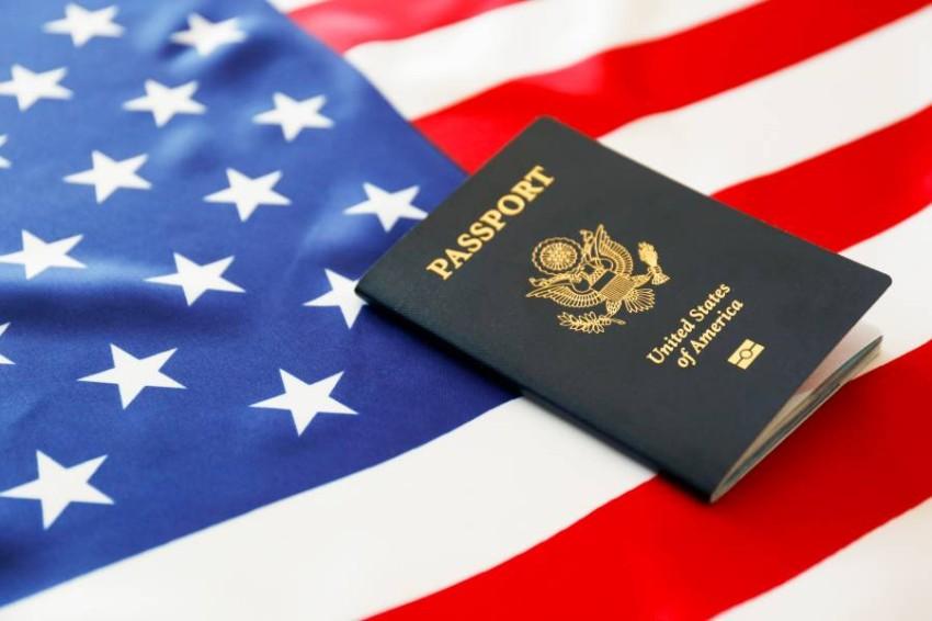 كشف بحث جديد، أن عدداً قياسياً من المواطنين الأمريكيين تخلوا عن جنسيتهم الأمريكية، وتوقع أن يتزايد هذا الاتجاه - الرؤية