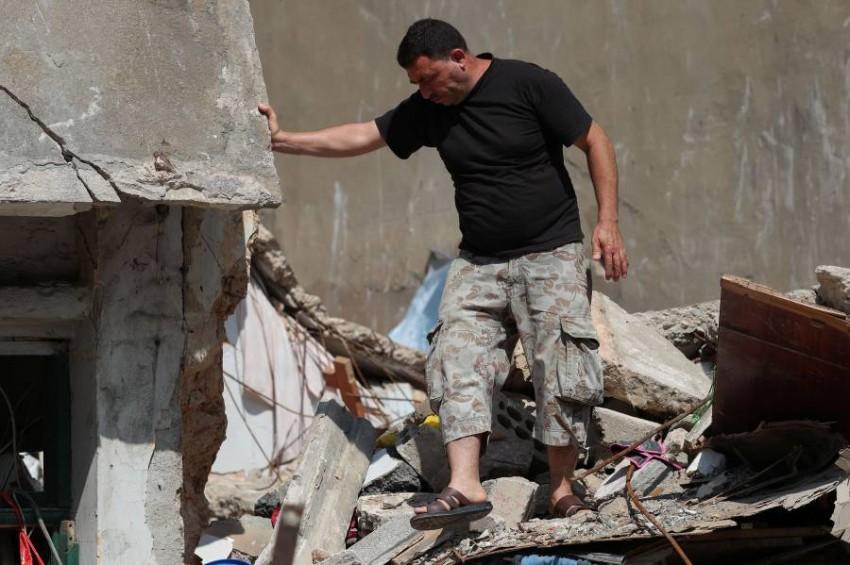 اللاجئ السوري أحمد صطيفي. (رويترز)