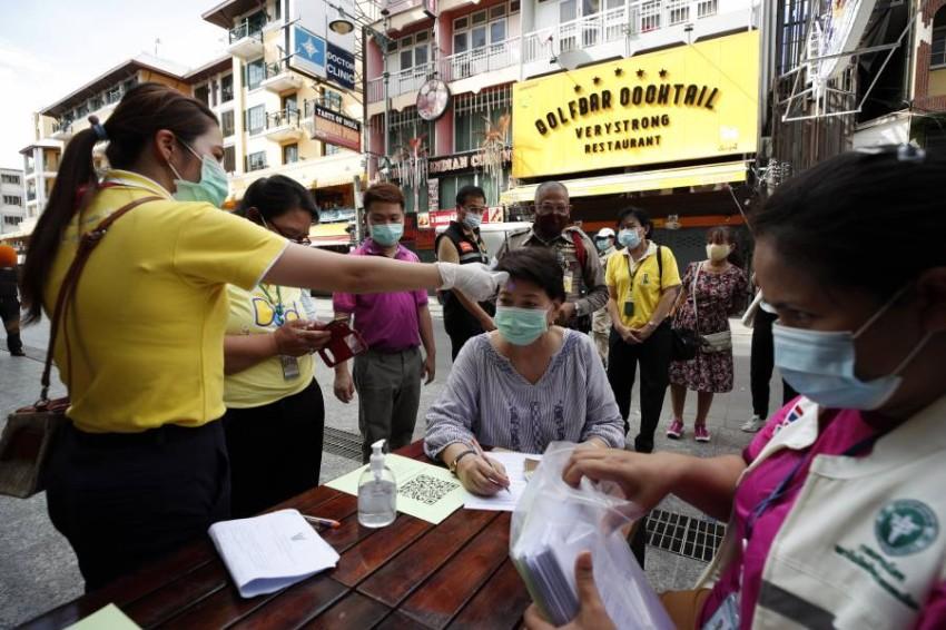 فحوص فيروس كورونا في تايلاند. (إي بي إيه)