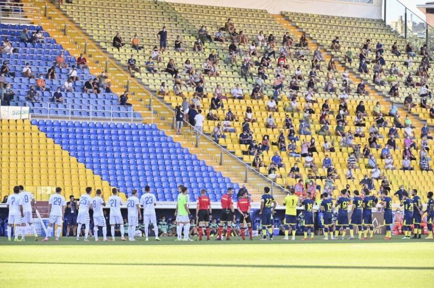 عودة الجماهير للملاعب الإيطالية عبر ودية بارما وإمبولي. (أ ب)