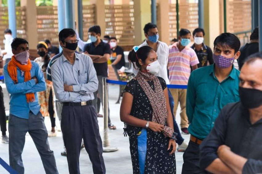 طوابير لاختبارات كوفيد 19 في الهند. (أ ف ب)