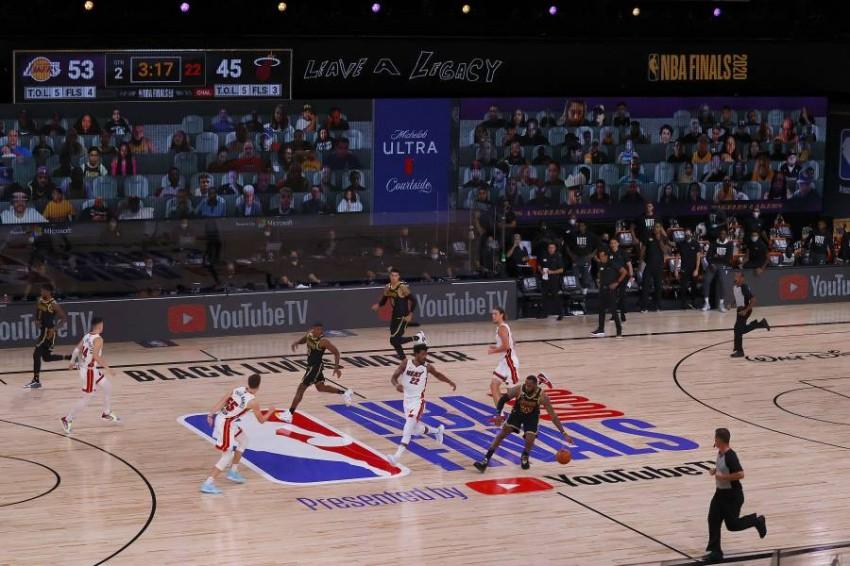 من مباراة في دوري السلة الأمريكي. (أ ف ب)