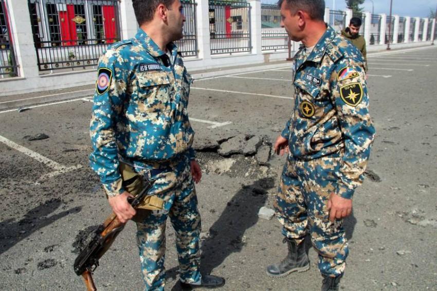 جنود من القوات الأرمينية. (أ ف ب)