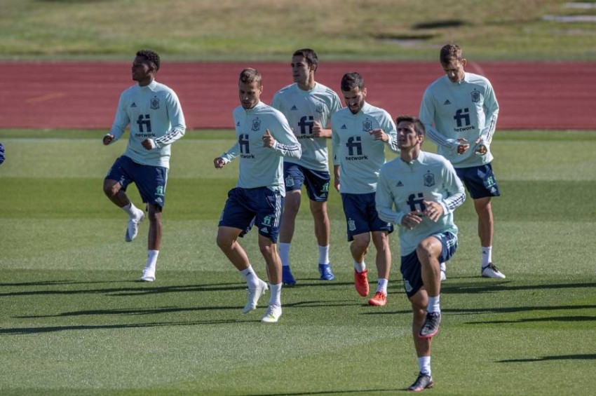 تدريبات منتخب إسبانيا. (EPA)