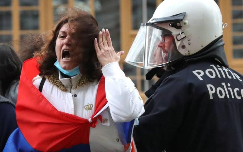 مظاهرة تأييد لأرمينيا في بروكسل. (رويترز)