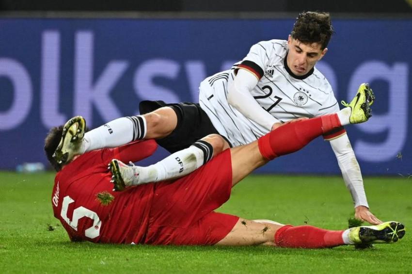 من مباراة ألمانيا وتركيا. (أ ف ب)