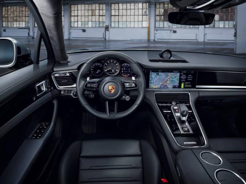 2021-Porsche-Panamera-2