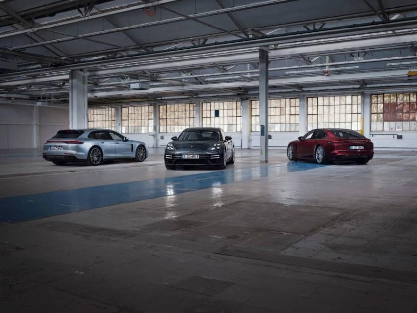 2021-Porsche-Panamera-10