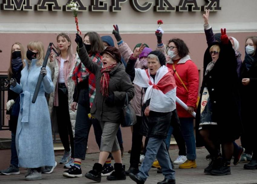 توقعات بمشاركة حشد كبير من المواطنين في مسيرة مناهضة لرئيس بيلاروس - إيه بي أيه