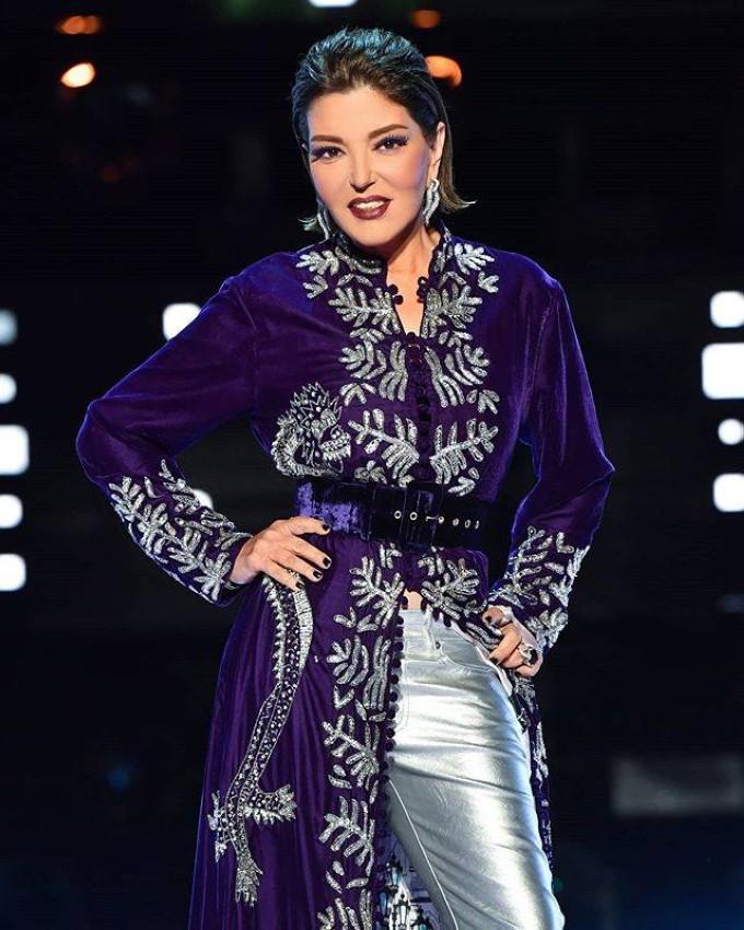 سميرة سعيد بقفطان مغربي مفتوح