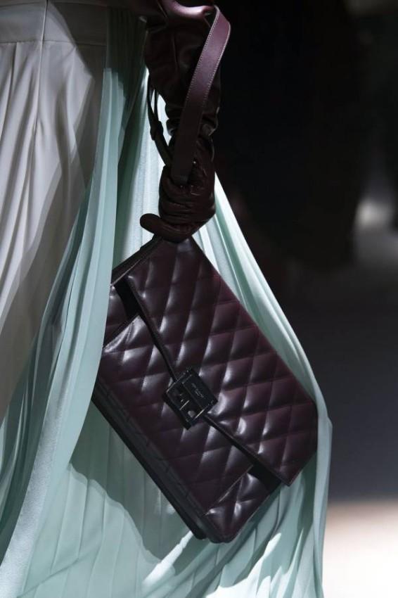 حقيبة ميني من Givenchy
