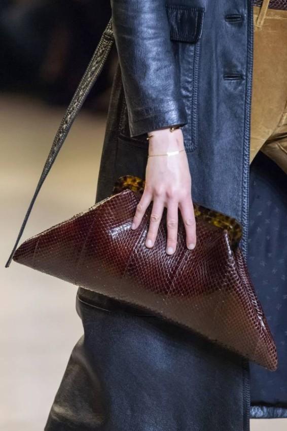 الحقيبة الجلد الفخمة من Celine