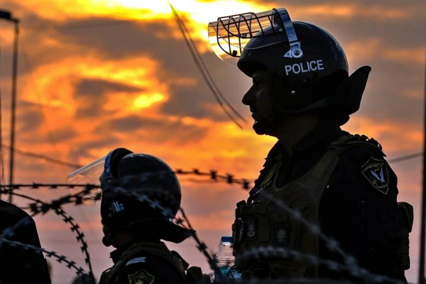 قوات أمن عراقية في البصرة. (أ ب)