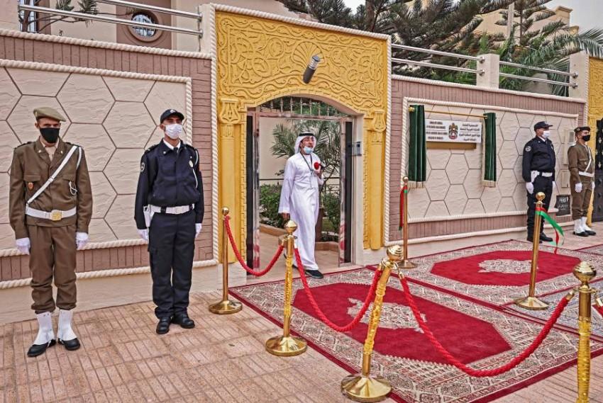 مدخل قنصلية الإمارات في العيون. (أ ف ب)