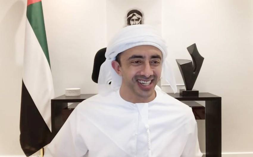 عبدالله بن زايد يترأس اجتماع مجلس التعليم والموارد البشرية عن بعد. (وام)