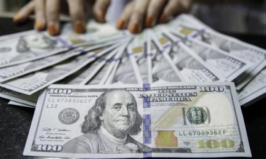 سعر الدولار مقابل الجنيه في مصر.