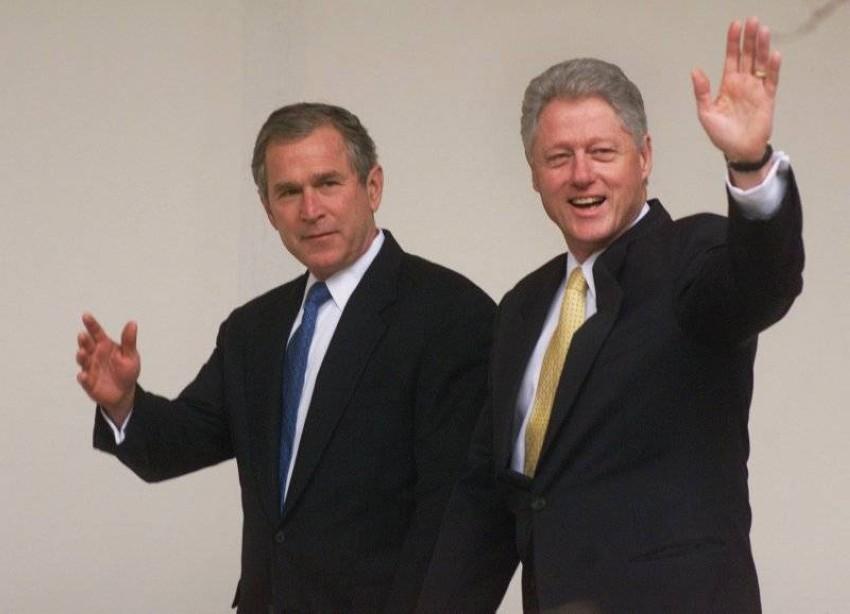 بوش وكلينتون.