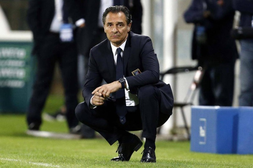 مدرب المنتخب الإيطالي السابق تشيزاري برانديلي. (رويترز)