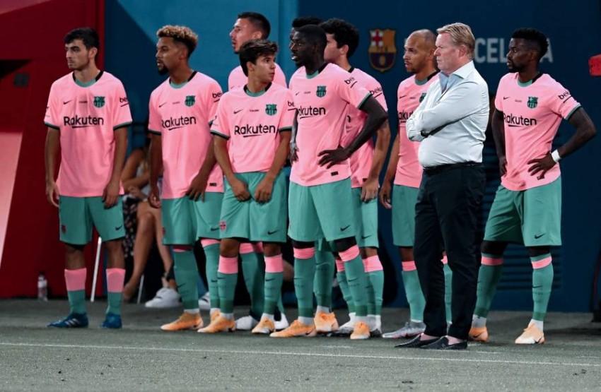كومان يسير بخطى ثابتة مع برشلونة. (غيتي)