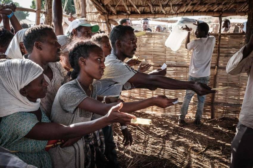 لاجئو تيغراي في السودان يتوسلون المساعدات الغذائية. (أ ف ب)