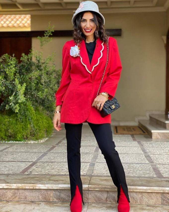 ريما زهران بالبليزر الأحمر