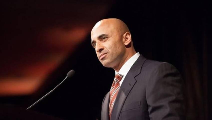 السفير الإماراتي في واشنطن يوسف العتيبة - الرؤية