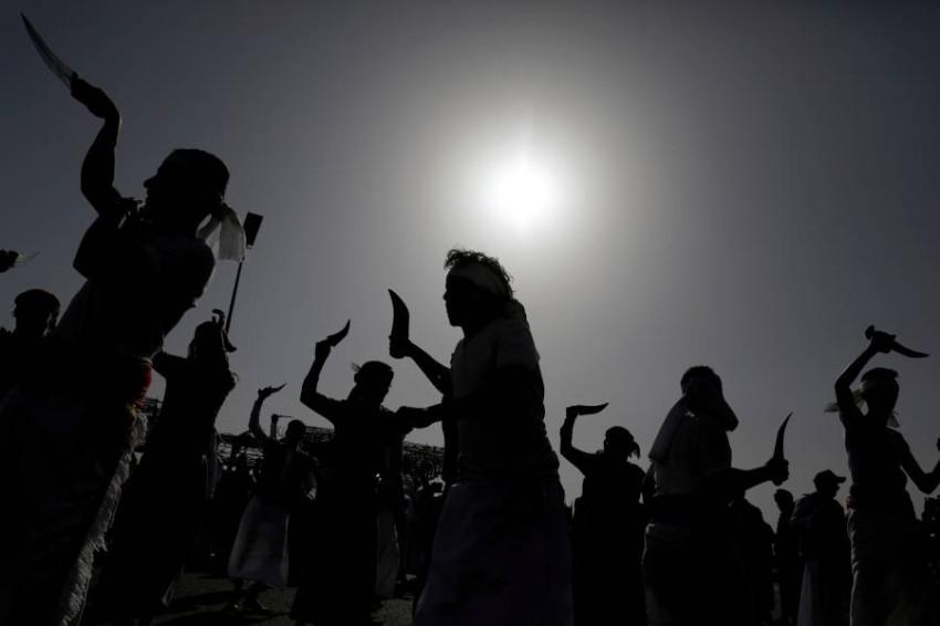 استهداف جماعة الحوثي اليمنية للمدنيين و«تعميقها» العلاقات مع الحرس الثوري الإيراني سبب للتصنيف الإرهابي - رويترز.