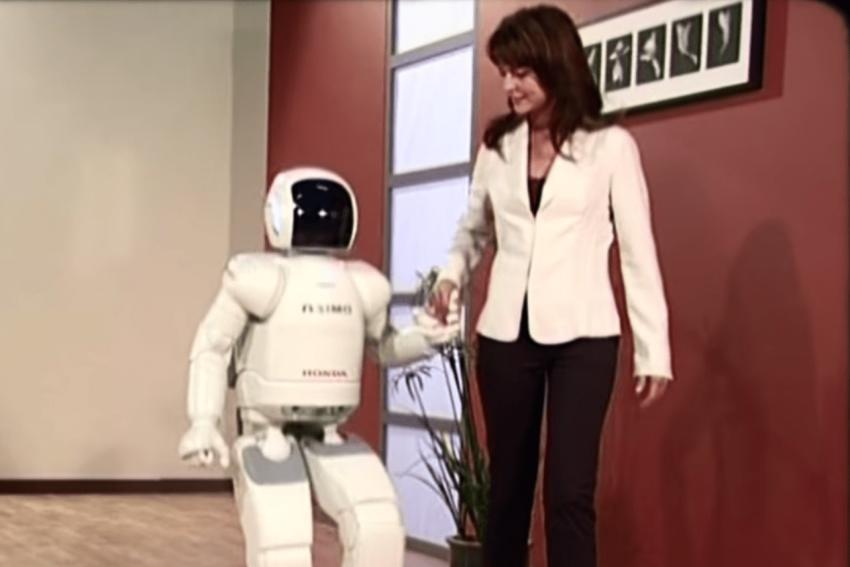 حلقة تطور الروبوتات.