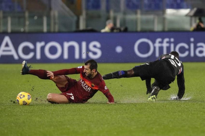 من مباراة روما وسامبدوريا. (إ ب أ)