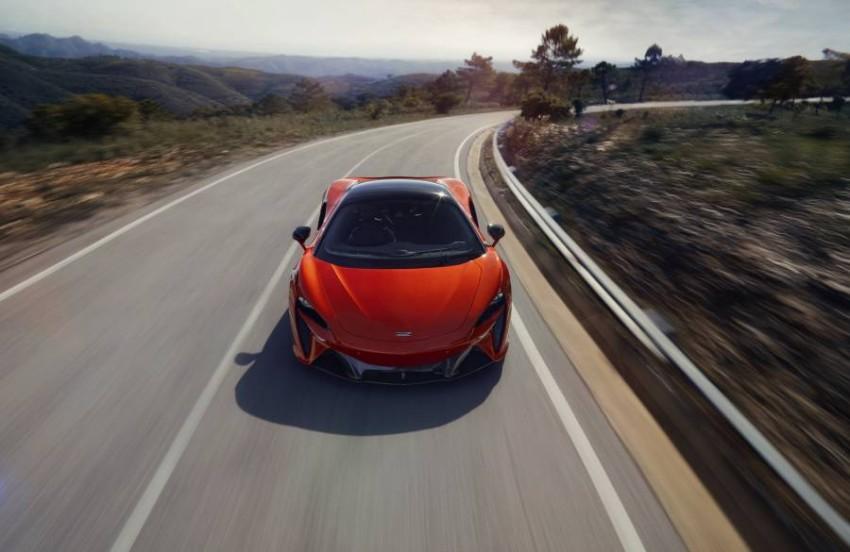 McLaren-Artura-12-PHEV-CarScoops